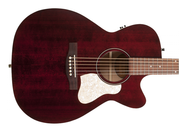 ART & LUTHERIE Legacy CW (Tennessee Red)