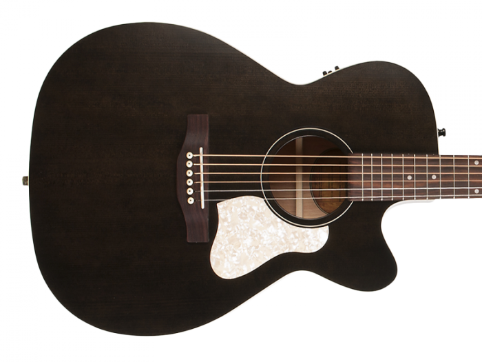 ART & LUTHERIE Legacy CW (Faded Black)